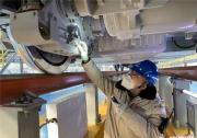 新型高寒动车组问世 首次批量使用自动化防冻结功能