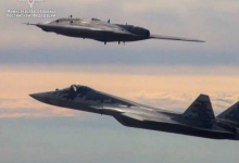 """俄媒:苏-57将与""""猎人""""无人战机混编行动"""