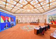 李克强与德国总理默克尔同出席第十届中德经济技术合作论坛的两国经济界代表见面
