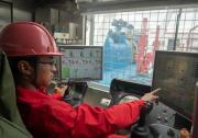 """中国首套""""一键式""""人机交互7000米自动化钻机投入工业性试验"""