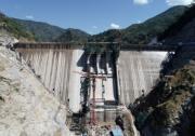 赞比亚下凯富峡水电站大坝碾压混凝土浇筑完成