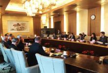 苗圩会见出席中国发展高层论坛2017年会的部分外方代表